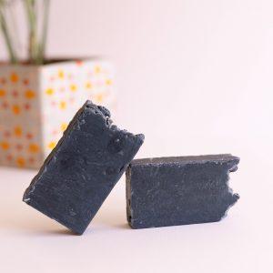 jabón artesano carbón activo L'Bboutique